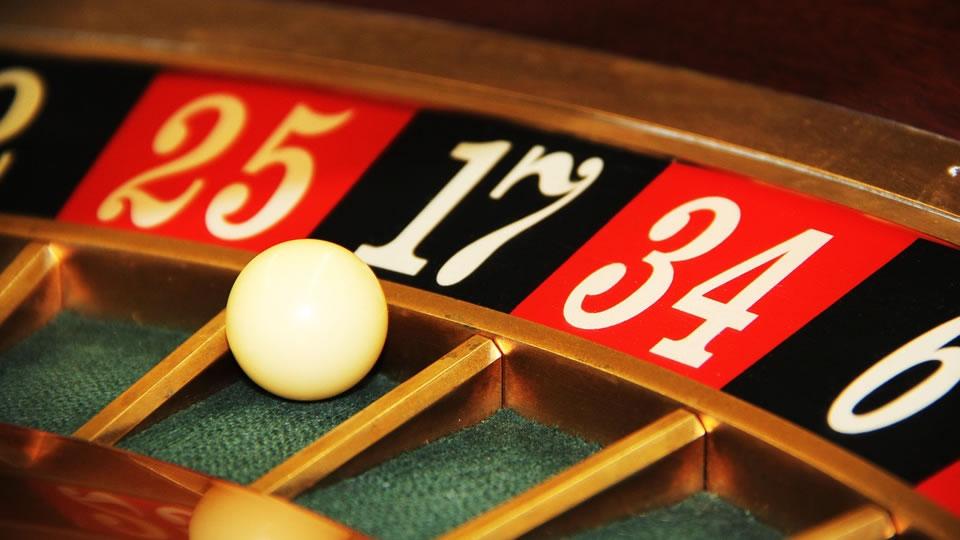 日誌はトレードのギャンブル性を排除し、エントリーとエグジットの根拠を明確にする